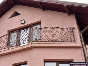 Balcon fier forjat Botosani